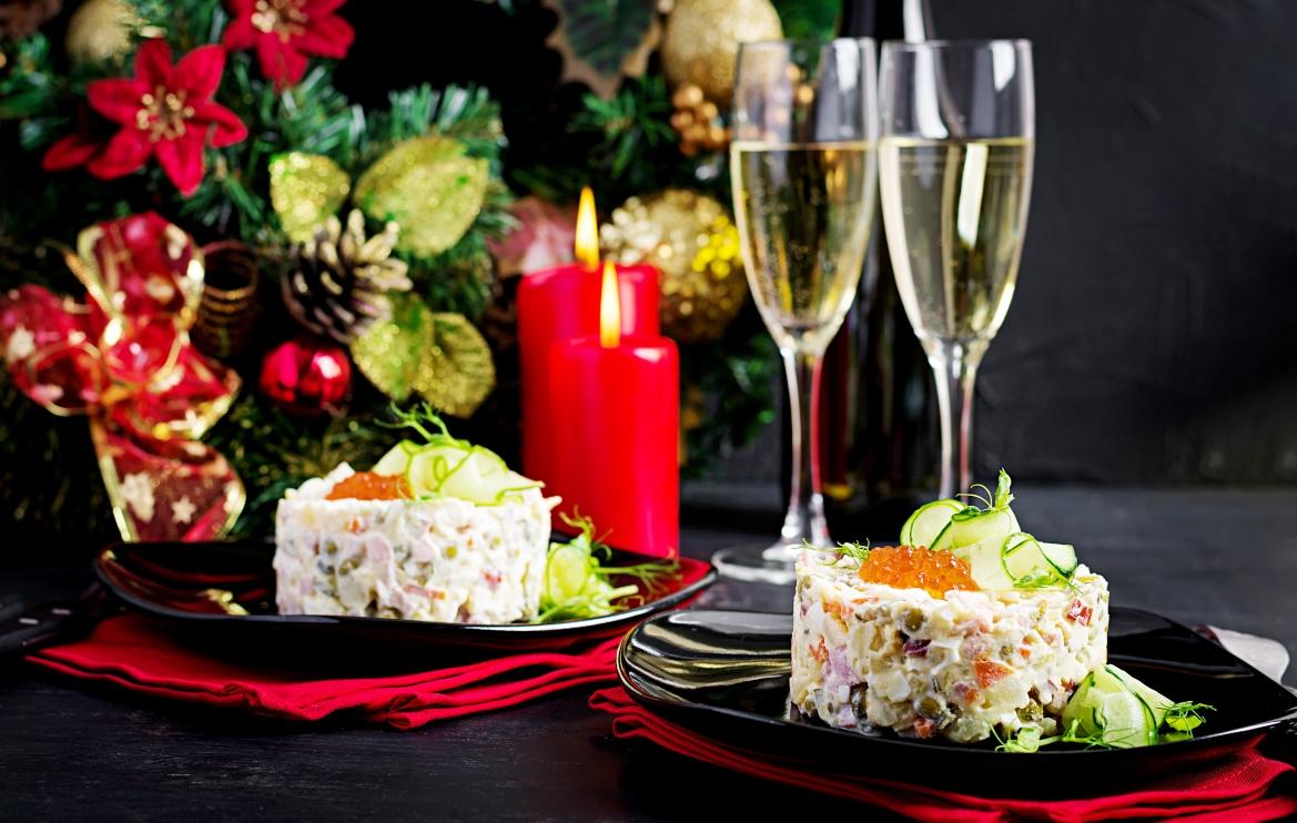 Repas de Noël avec mousse de saumon